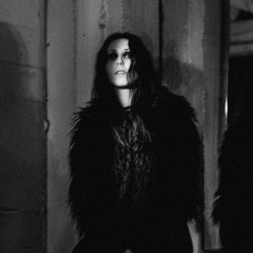 Chelsea Wolfe - What's Hot?